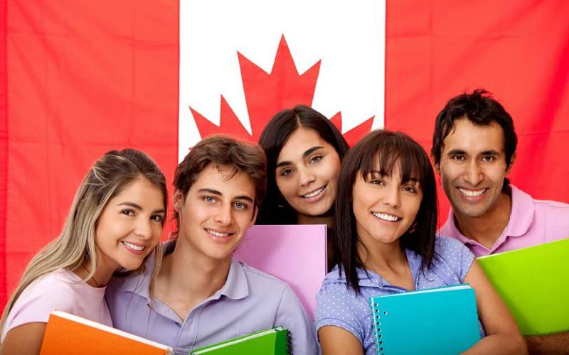 du học sinh Canada sau đại học