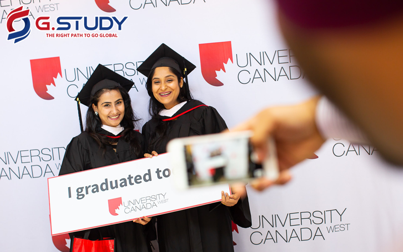 sinh viên tốt nghiệp trường Canada University