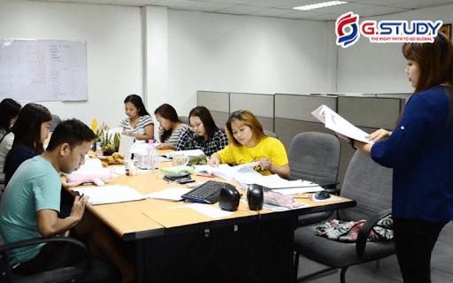 Sự hài lòng và uy tín với chất lượng giảng dạy tại English Fella