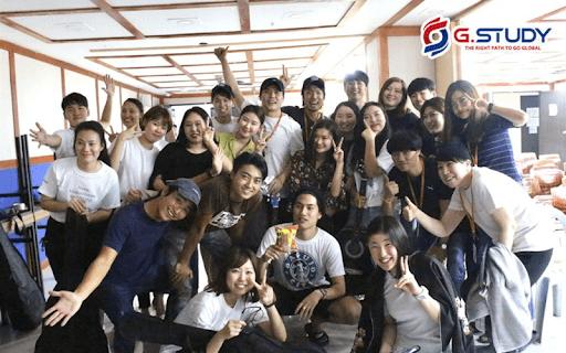 Du học sinh Philippines đến từ nhiều nền văn hóa khác nhau